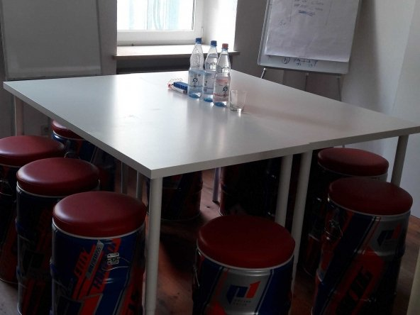 32m² (up to 5-6 working places) Office Room (Mitte) 12